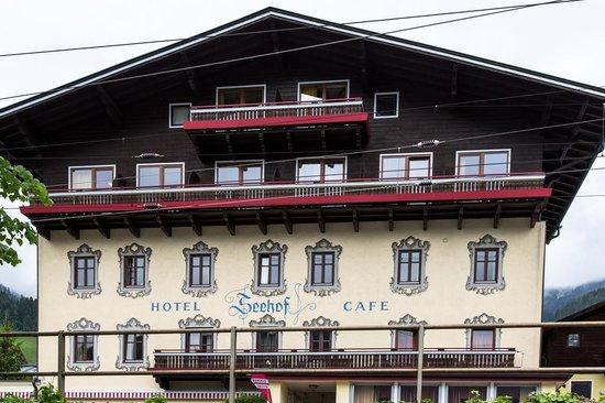 Hotel Seehof: Hotel exterior