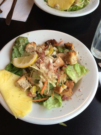 Saloni Tapis Grill : Ceaser Salat