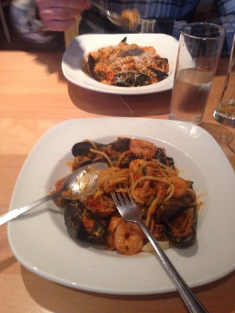 Piazza Firenze: Seafood pasta and risotto