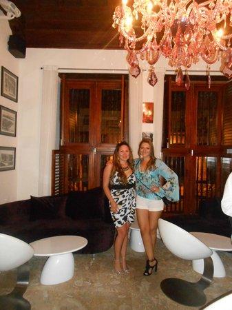 Hotel Santo Toribio: La decoracion del bar..espectacular