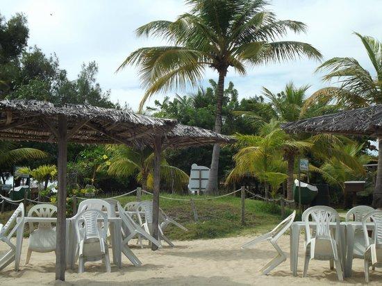 Quiosques na Lagoa de Pitangui
