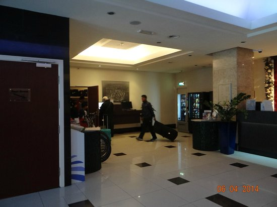BEST WESTERN Blue Tower Hotel: lobby