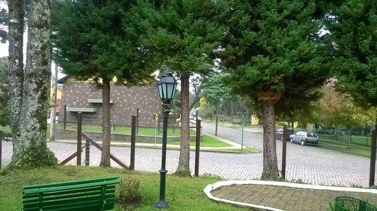 Vila Suzana Parque Hotel: Vista do hotel