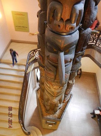 National Museum of Natural History : totem