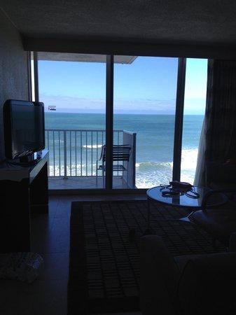 Radisson Suite Hotel Oceanfront: View from room door