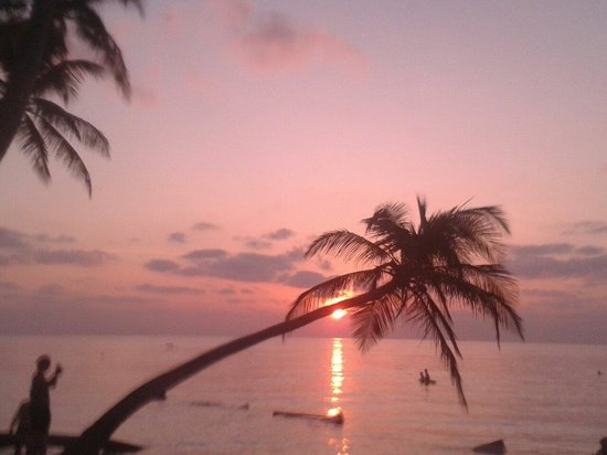Arena Lodge Maldives: Favoloso tramonto !!!!