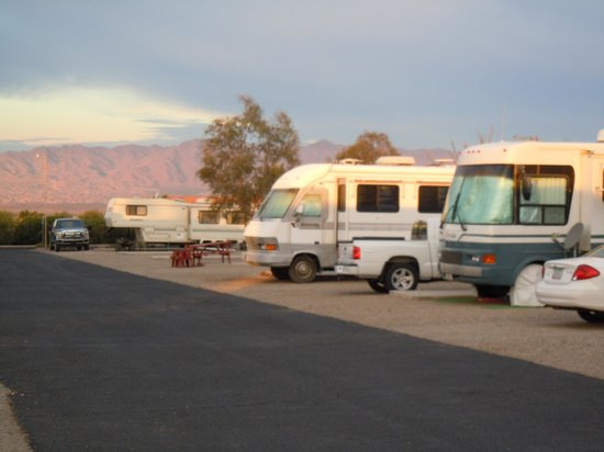 Crossroads RV Park: View of the park