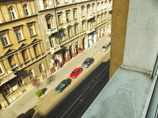 Atlas City Hotel: Room's window view