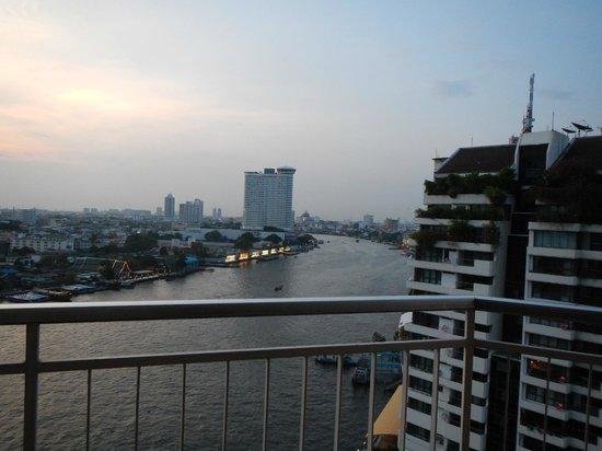 Shangri-La Hotel,Bangkok : balcony view