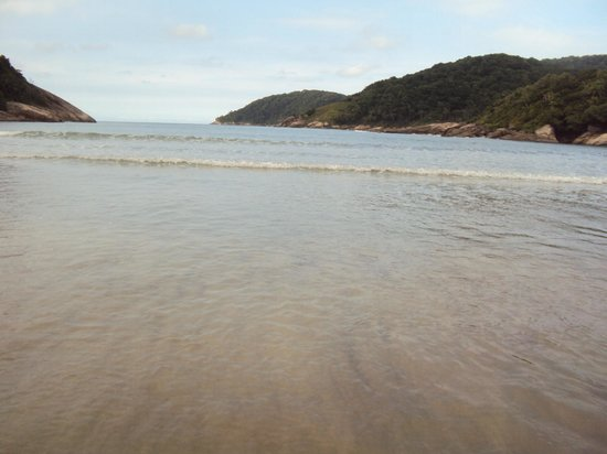 Mar Casado beach: Praia do Mar Casado - Espetáculo da natureza!