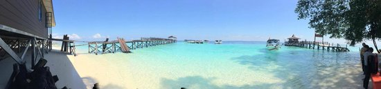 Seaventures Dive Rig: View of the Sipadan Island