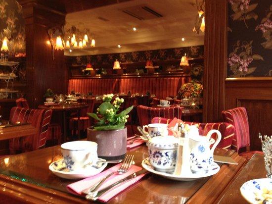 Hotel Estherea : Restaurante