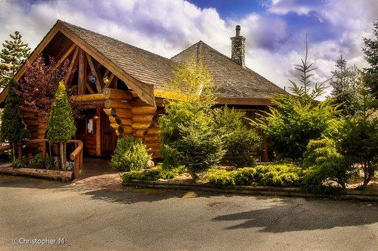 Kalvas Log House Restaurant