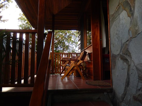 Arco Iris Lodge: Porch off of room