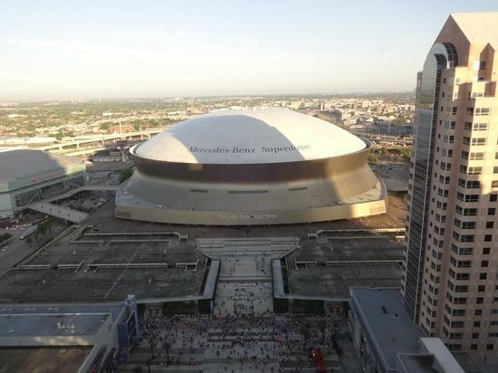 Hyatt Regency New Orleans: view of Superdome from 32nd floor