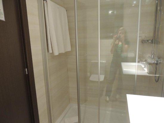 Hotel Auto Hogar: Banheiro