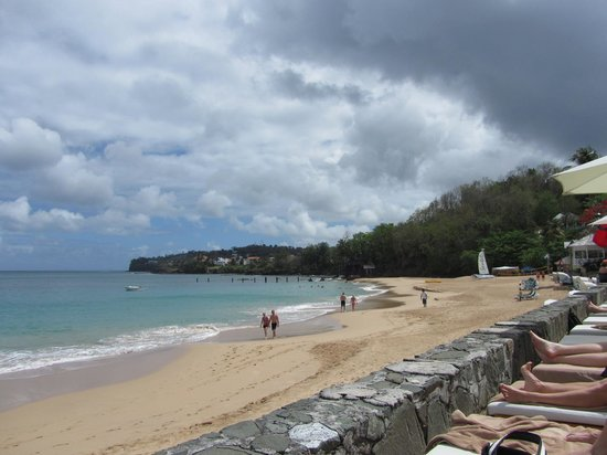 Sandals Regency La Toc Golf Resort and Spa : A view from the beach