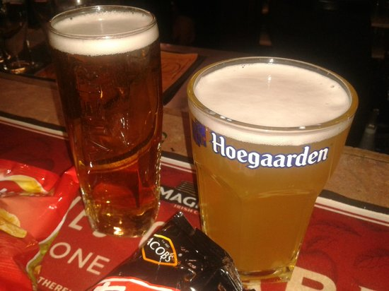 The Queen's Larder: Two excellent pints