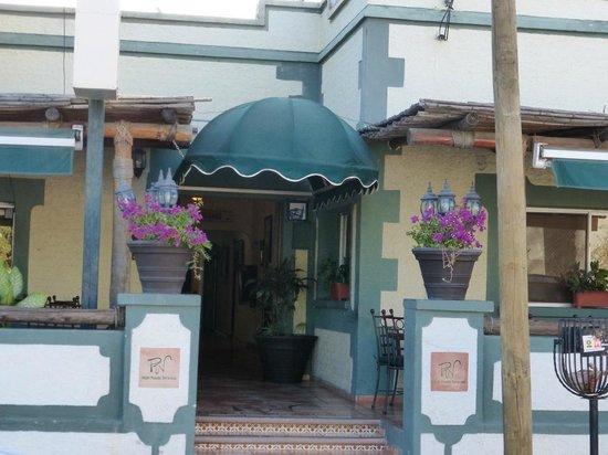 Posada Terranova : Front of the hotel