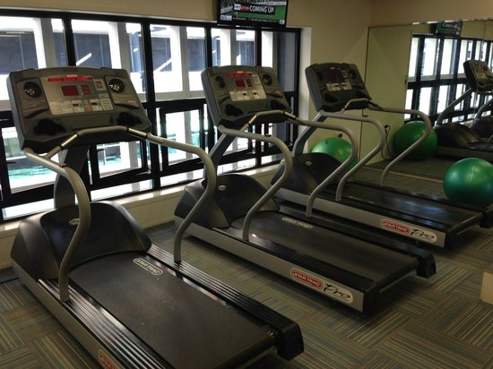 Crowne Plaza Auckland : gym