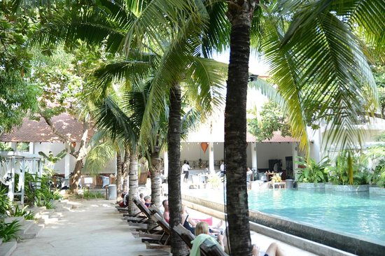 The Plantation Urban Resort and Spa: Pool area