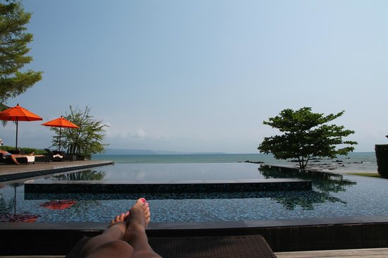 Plubpla Koh Mak Retreat: View of the pool