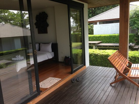 Plubpla Koh Mak Retreat: our room entrance