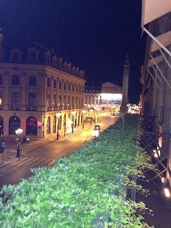 Park Hyatt Paris - Vendome : at night view