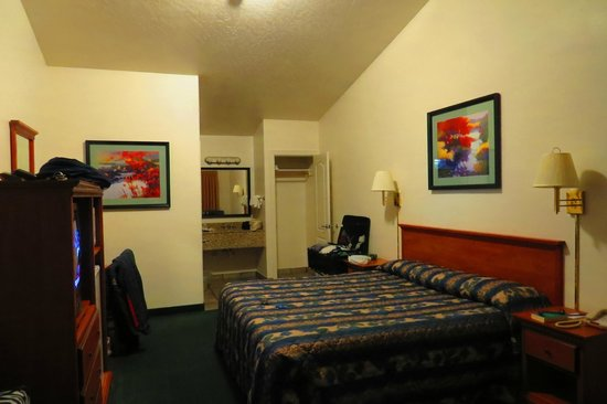 Wild Rivers Motor Lodge: Big Room/Comfortable