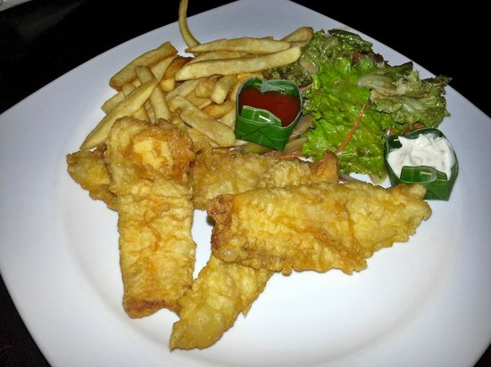 Novotel Bali Nusa Dua Hotel & Residences : Room service of fish and chips