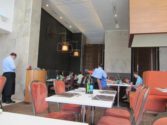 Hilton Garden Inn Santiago Airport : Restaurant