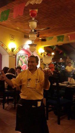 La Parrilla : Lo mejor de la noche Guillermos y las margaritas