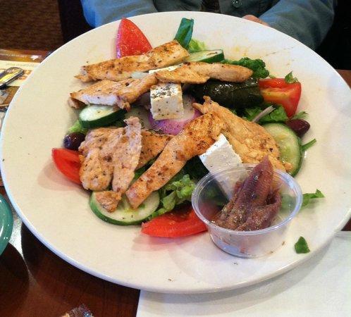 Marietta Diner: Greek Salad with Grilled Chicken - Lunch Special