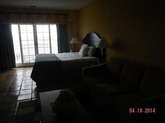 Coconut Malorie Resort: bedroom