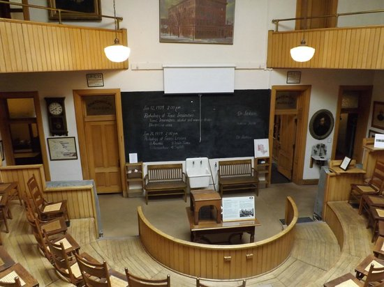 Indiana Medical History Museum: The main lecture area to present cases and findings to doctors