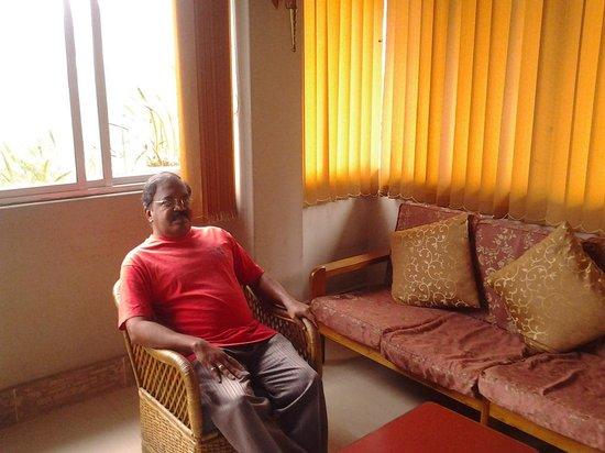Juniper Tree Hotel: upstairs Lobby-Muralitharan