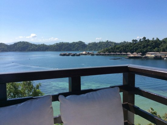 Gaya Island Resort : view from our suite balcony