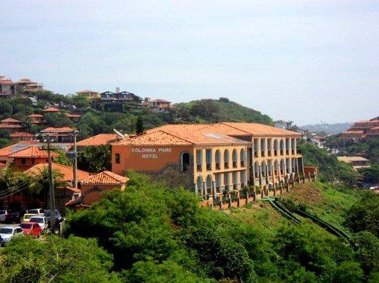 Colonna Park Hotel: visao dele de longe