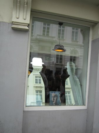 Musee Magritte Museum - Royal Museums of Fine Arts of Belgium: Afuera