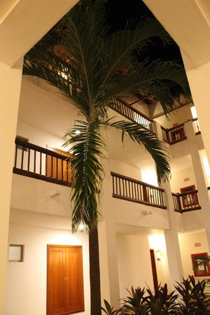 Valentin Imperial Riviera Maya: our building.