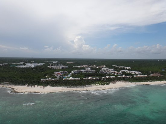 Valentin Imperial Riviera Maya : The Hotel (parasailing)