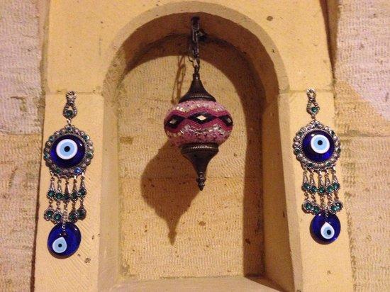 Vineyard Cave Hotel: Thoughtful evil eye amulets