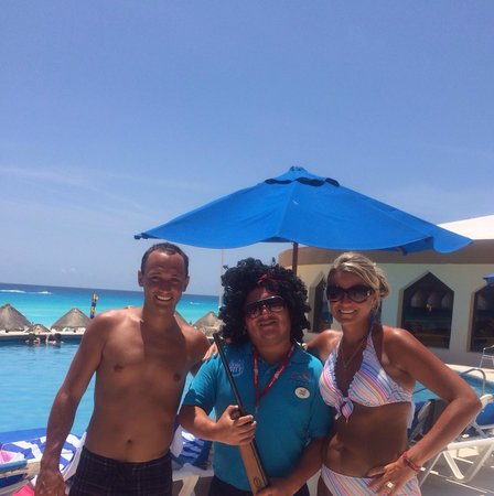 Golden Parnassus All Inclusive Resort & Spa Cancun: Loved this guy.  Ulysses