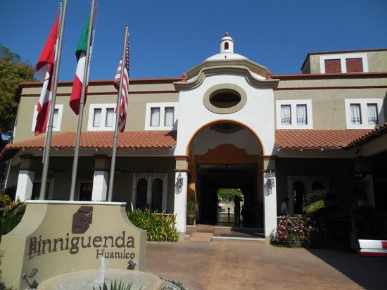 Binniguenda All Inclusive: Entrance
