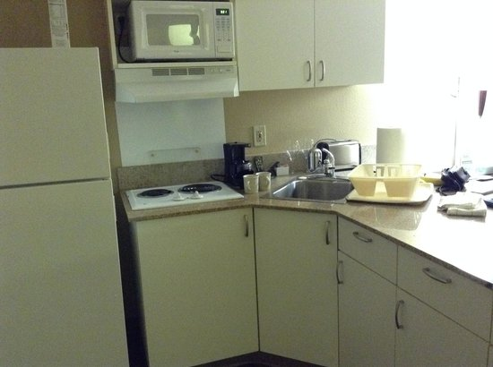 Extended Stay America - Secaucus - Meadowlands: Kitchen