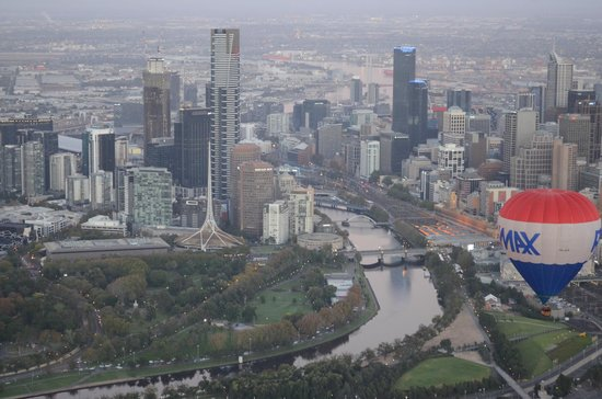 Picture This Ballooning - Melbourne and Yarra Valley: Melbourne at its best!