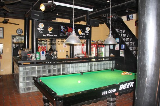 Bar and pool table picture of hoi an sports bar hoi an tripadvisor hoi an sports bar bar and pool table watchthetrailerfo