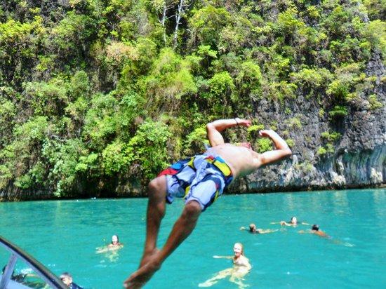 Phuket Sail Tours: luscious settings for activities