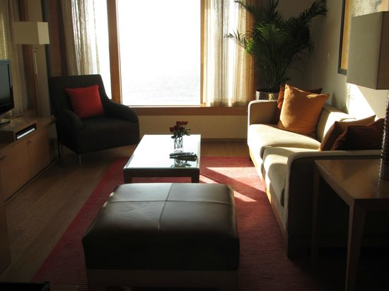 Trident, Nariman Point: Sitting area