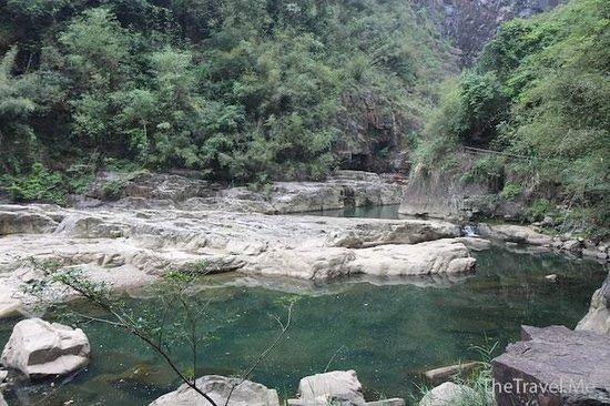 Ruyuan Canyon: 峽谷景色不俗